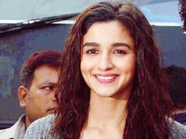 Alia Bhatt is all set for her next release Dear Zindagi. The film has four actors opposite Alia and Shah Rukh Khan plays a cameo.