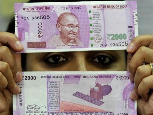 Nepal Bans New Indian Rs 500 And 2 000 Notes Waits For