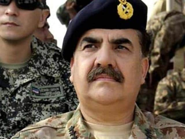 File photo of Pakistan Army chief Gen Raheel Sharif (left) with Prime Minister Nawaz Sharif during a military exercise at Khairpur Tamiwali on November 16, 2016.