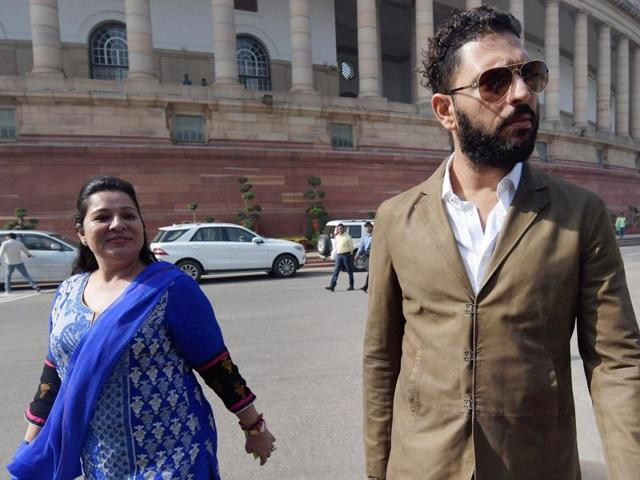 Cricketer Yuvraj Singh visited the Parliament with his mother, Shabnam Singh, to invite Prime Minister Narendra Modi for his wedding.