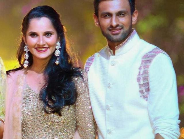 Sania Mirza With Hubby Shoaib Malik At Her Sister Anams Sangeet Ceremony