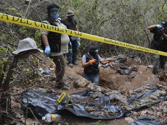 Authorities have exhumed 32 bodies and nine heads from several clandestine graves in Mexico's violence-plagued southern state of Guerrero.