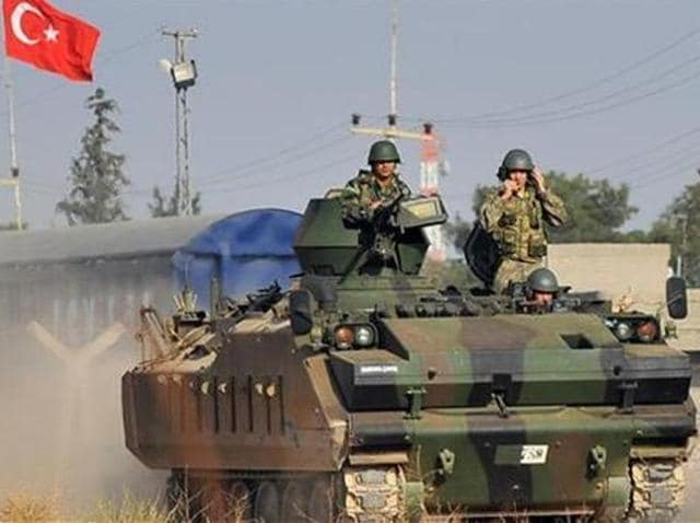 One Turkish soldier was killed and five more were lightly wounded in clashes with Islamic State militants in northern Syria.