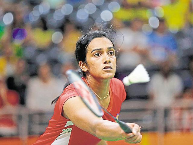 Fresh from her China Open Super Series Premier triumph,  PV Sindhu stormed into the semifinals of the Hong Kong  Open, although hopes of an all-Indian clash was dashed after Saina Nehwal lost in the quarters on Friday.