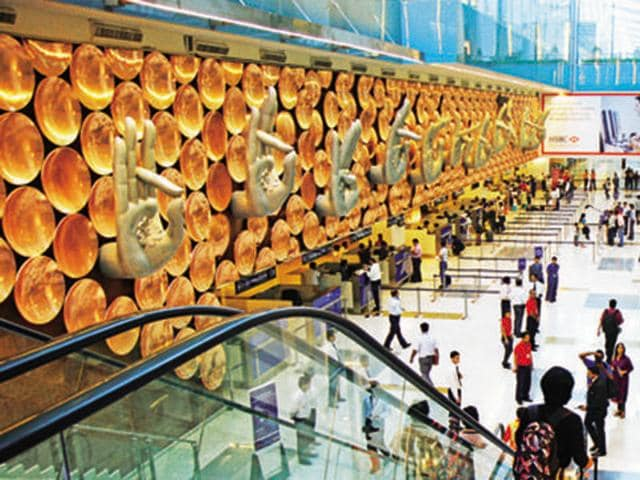 airports,airport capacity,number of airports in india