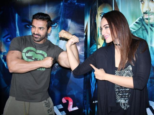 Actor John Abraham-Sonakshi Sinha starrer Force 2 has earned Rs 30.15 crore in its first week, makers said.