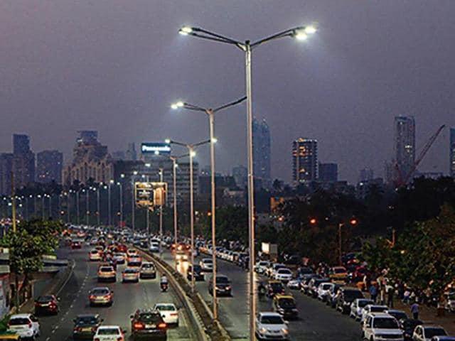 In January, 2015 the installation of LED lights on Marine Drive had led to a verbal spat between Yuva Sena chief Aaditya Thackeray and Bharatiya Janata Party (BJP) president Mumbai unit and MLA Ashish Shelar.