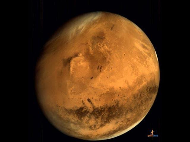 Full disc image of Mars, taken by the Mars Orbiter, from an altitude of 66,543 km. (ISRO)