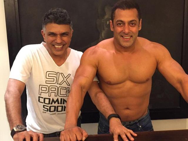 On world anti-obesity day, Salman Khan took to Twitter to tell his fans to watch Dear Zindagi, starring SRK and Alia Bhatt.