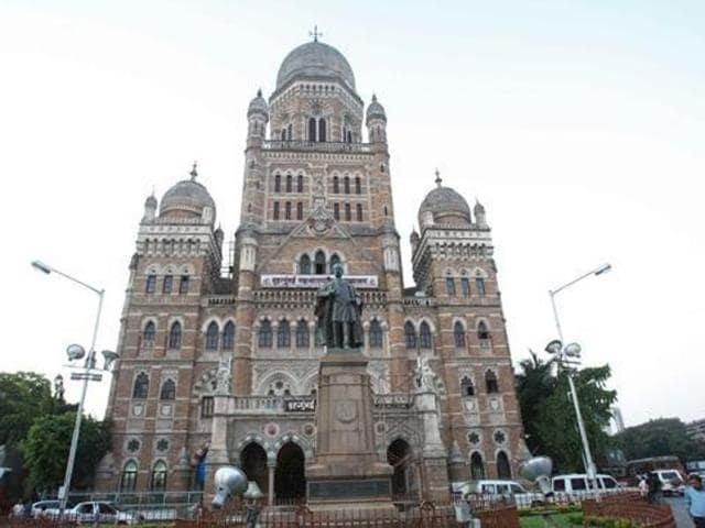 There will be around 8,000 polling centres across the city. To conduct the elections smoothly, the BMC needs at least five employees at every centre.