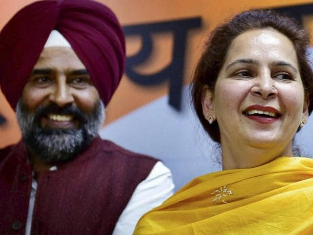 Former BJP MLA and wife of Navjot Singh Sidhu, Navjot Kaur Sidhu, along with former Olympian Pargat Singh joins Congress party, at a news conference in New Delhi on Monday.