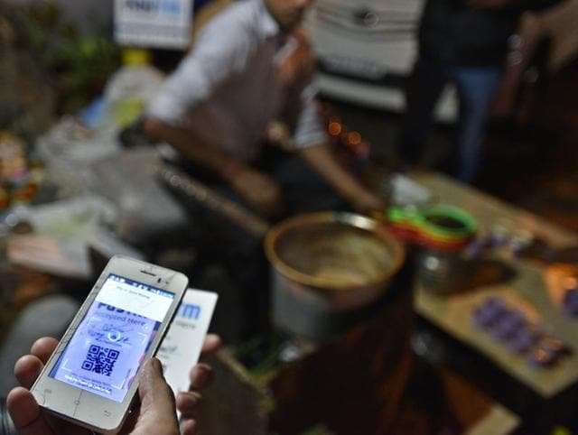 Tea stall vendors have started accepting PayTM as a mode of payment post demonetisation in New Delhi.