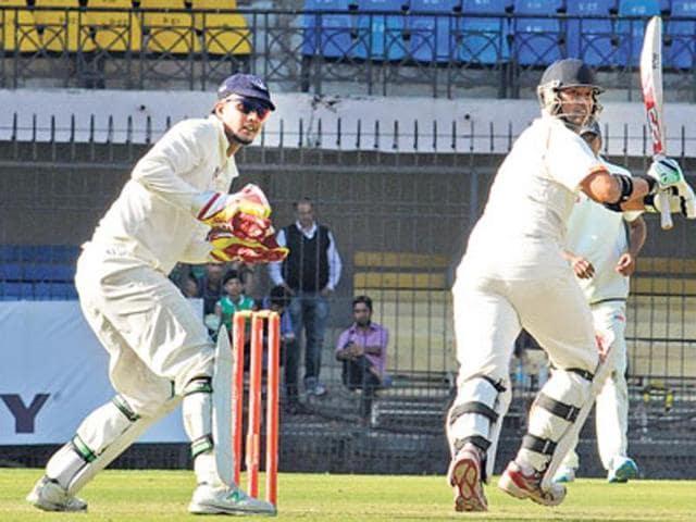 Madhya Pradesh skipper Devendra Bundela (batting) will break Amol Muzumdar's record for most Ranji appearances when he plays in his 137th tie against Baroda at Dharamsala.