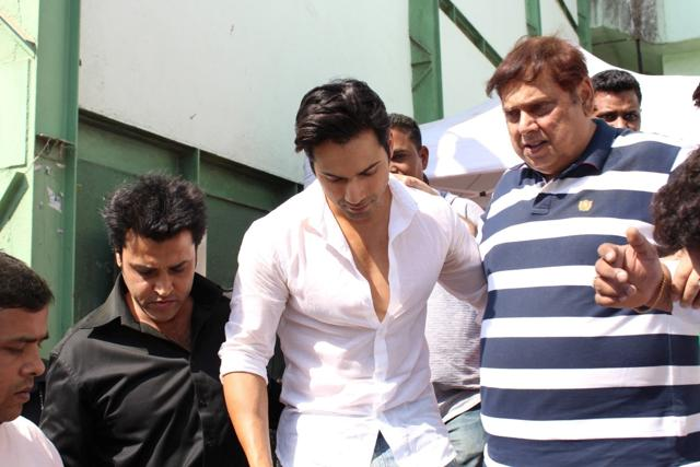 Throwback To The Time When Salman Khan Wanted To Slap A 7 Year Old Varun Dhawan!