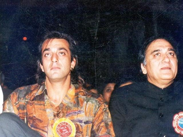 You Won't Believe Which Bollywood Actor Wanted To Portray Sunil Dutt In Sanjay Dutt's Biopic!