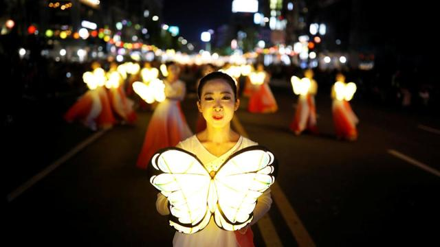 From Lotus Lantern parade to unrest in Venezuela: 20 amazing photos of the...