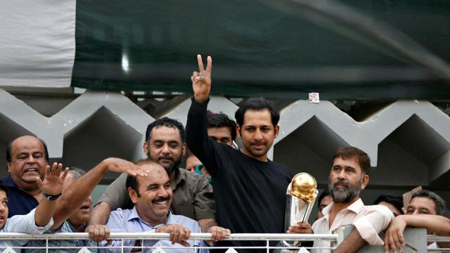 Pakistan's cricket team, led by Sarfraz Ahmed, got a hero's welcome after winning the Champions Trophy 2017 by thrashing India in the final.