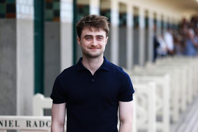 Daniel Radcliffe helps tourist 'slashed in the face' by armed moped robber