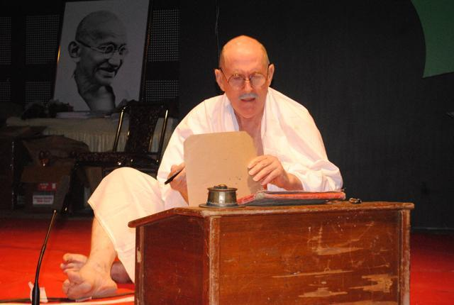 Alter in the role of Gandhi for the play 'Mohan to Mahatma'. (AP Dube/HT File Photo)