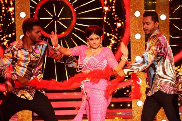 Bigg Boss Marathi Begins With 15 Celeb Contestants - DesiMartini