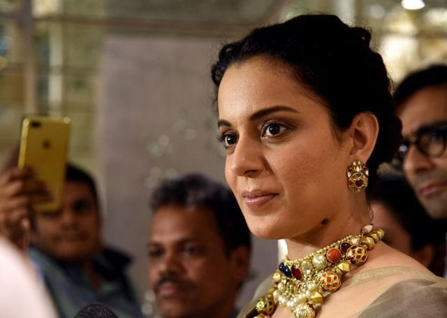 Kangana Ranaut: Girls Like Alia Bhatt Send Me Their Trailers, But Bollywood Doesn't Reciprocate Favours