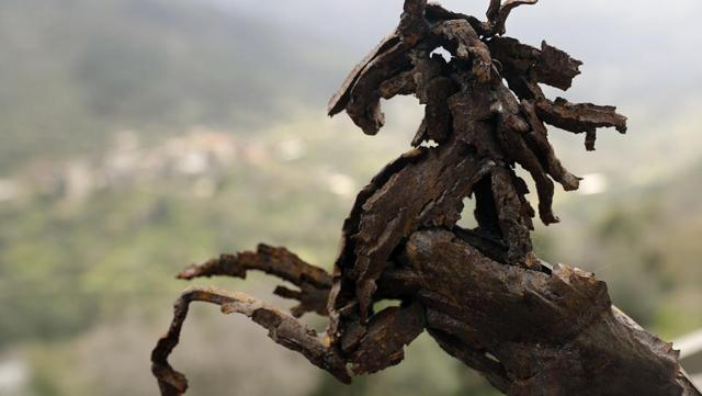 Photos: Artist in Lebanon turns shrapnel into sculptures