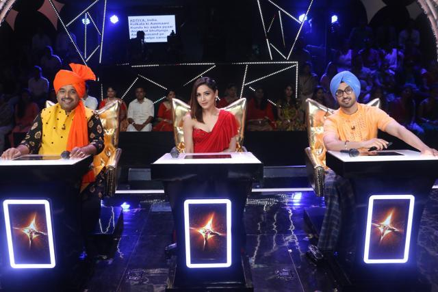 Diljit Dosanjh, Neeti Mohan And Shankar Mahadevan Back- Lashed For Sexist Prank On Rising Stars Sets