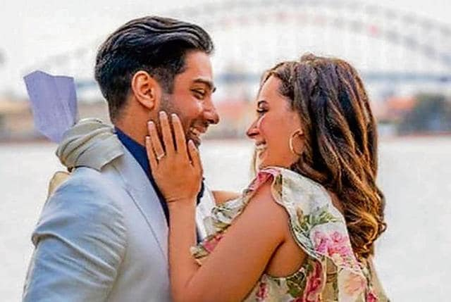 Evelyn Sharma Plans To Have A Destination Wedding Next Year, Says 'Tushaan Amazes Me Everyday With His Compassion'