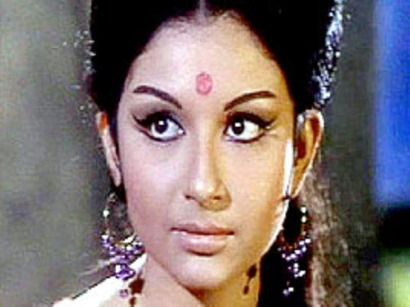 Sharmila Tagore: This dimpled Bengali beauty has won the hearts of many fans in the past and continues to do so till date.
