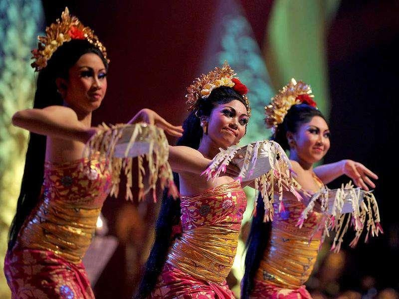 Balinese dancers perform Tari Pendet during the gala diner at the Association of Southeast Asian Nations (ASEAN) foreign ministers meeting in Nusa Dua on Indonesia's resort island of Bali.
