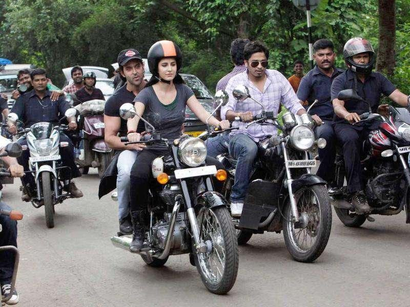 Katrina Kaif and Hrithik Roshan with other bikers.