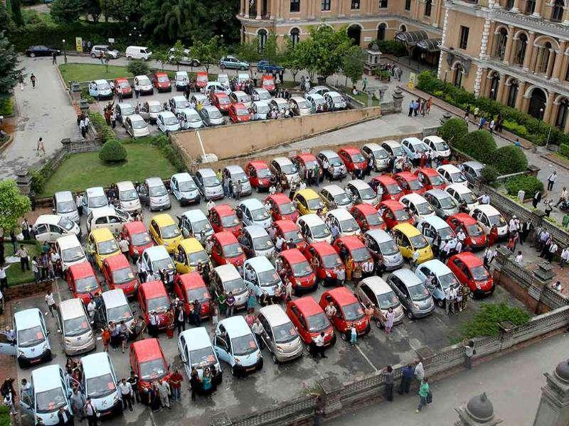 The first 100 Nano cars were delivered to customers at a function in Kathmandu.
