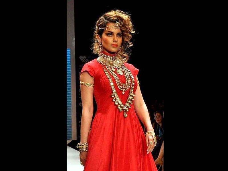 As Bollywood actress Kangna Ranaut shows off Amrapali's jewellery collection, we just have one question. What was she thinking?! (AFP)