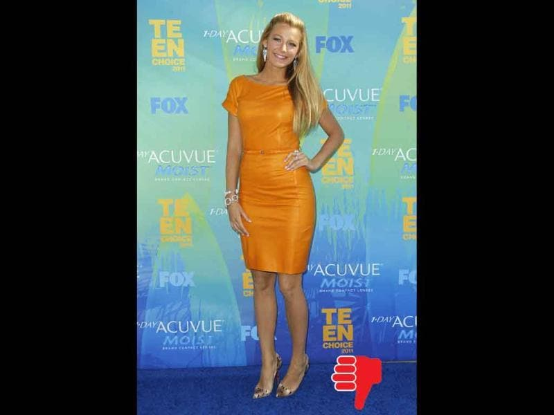 Blake Lively shows how it's NOT done even in a Gucci dress and Christian Louboutin heels.
