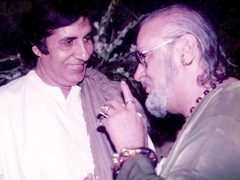 Bollywood superstar Amitabh Bachchan tweeted that with Kapoor's death the