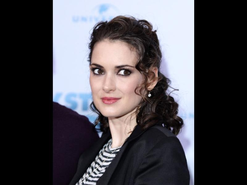 Winona Ryder's brilliant acting skills got her quite a few nods till they became disapproving shakes of the head for her shoplifting charges. She spent some time in jail for the same in 2001.