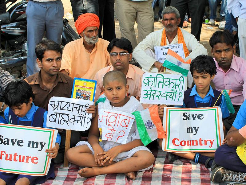 People of all ages came out in support of Anna Hazare outside Tihar jail in New Delhi.