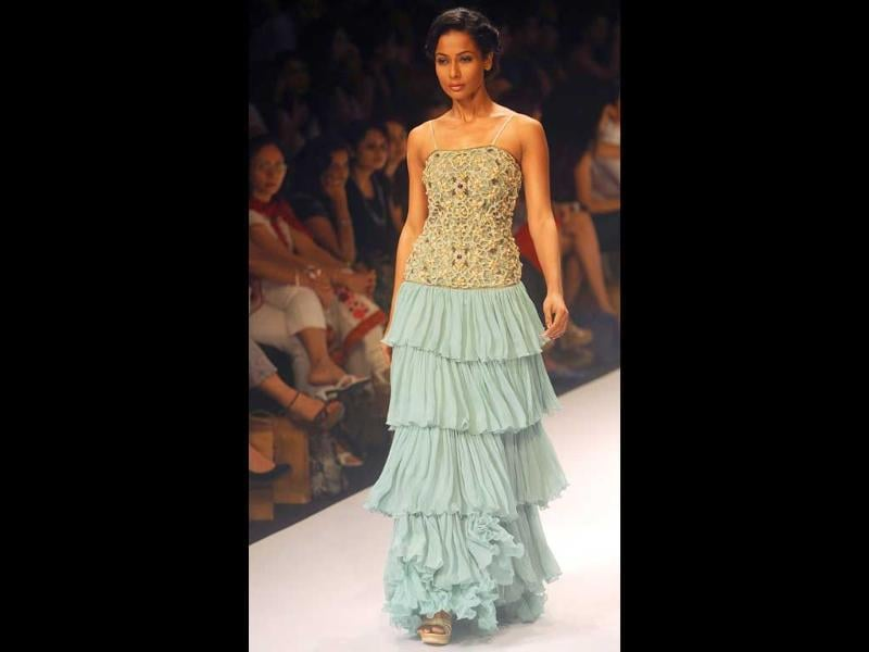 A model in Payal Singh's creation.