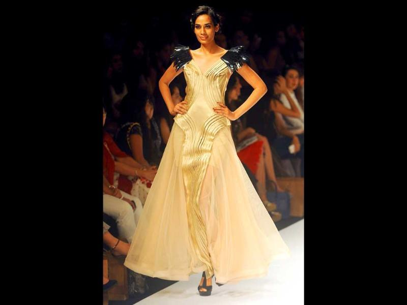 A model in Jatin Verma's gown.