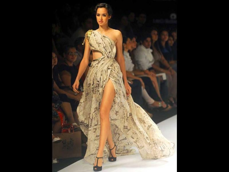 Jatin Varma's collections looked inspired from the Red Carpet.