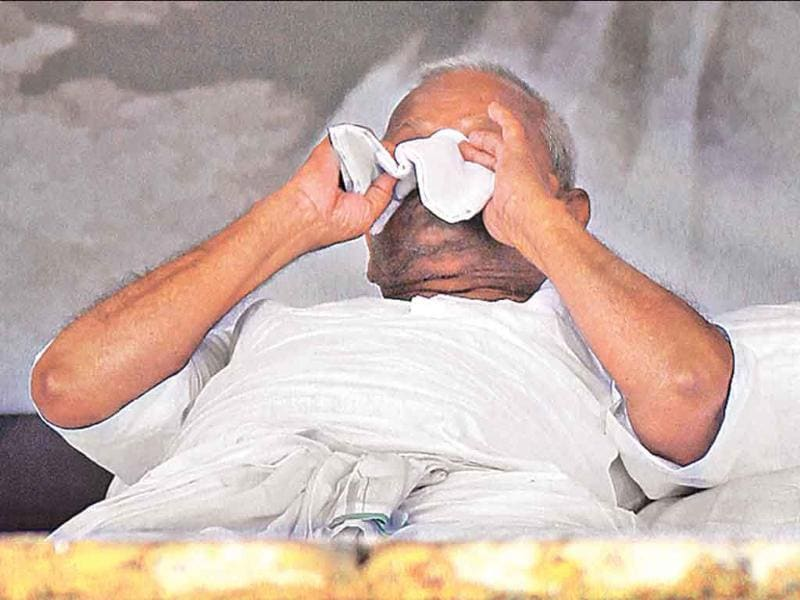 Anna Hazare after his health check at Ramlila Maidan in New Delhi. On Day 8 of his fast, the social activist refused medication and warned the government against forcible hospitalisation.