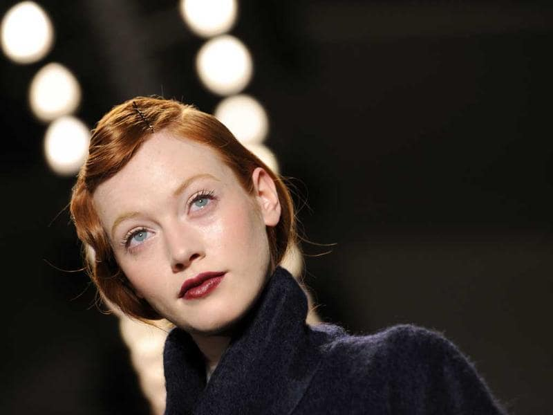 Plum lips have an old-world charm and you can rely on this look for a quietly elegant and classy look.