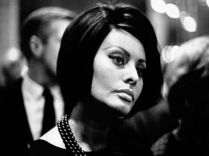 Italian actor Sophia Loren or Sofia Villani Scicolone, 76, was the first actress to win an Academy Award for a non-English-speaking performance.