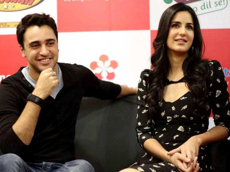 Imran, Katrina share a light moment while promoting their film Mere Brother Ki Dulhan. (UNI)