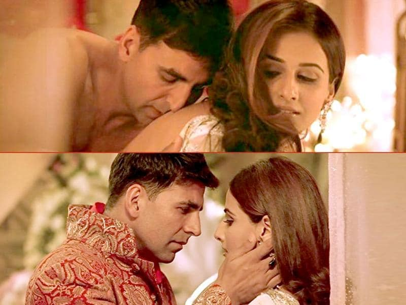 Vidya cosied up with Akshay Kumar in Heyy Babyy.