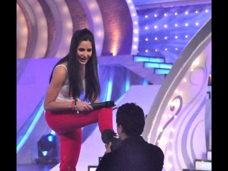 Katrina actually managed to get Imran to touch her feet!