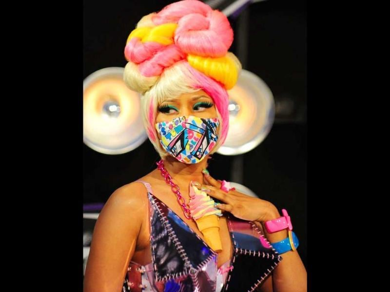 Nicki Minaj in the most daring makeup and hair of the evening. Photo by AFP/Frederic J. Brown