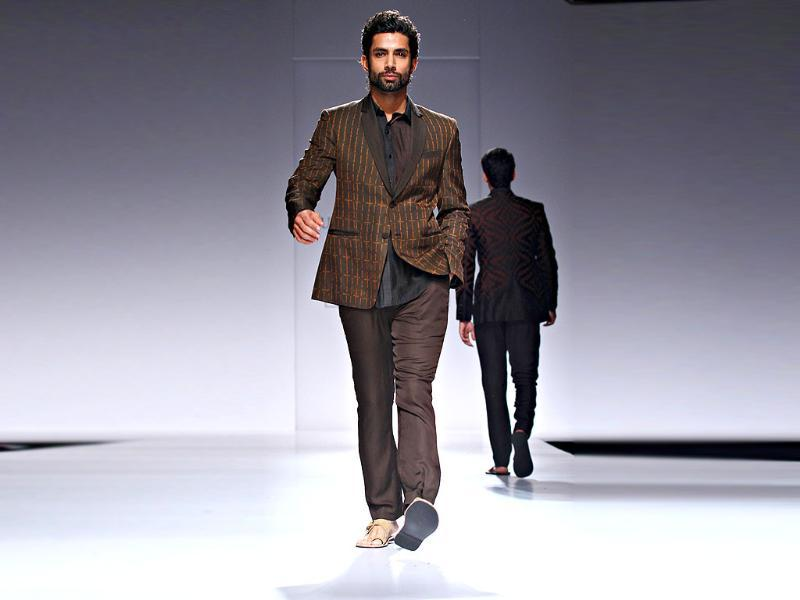 Zubair Kirmani presented a good mix of modern and tradition.