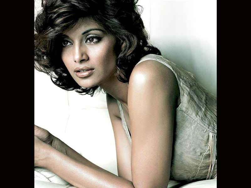 Bipasha Basu will be playing an actress in Shayam Benegal's next project.