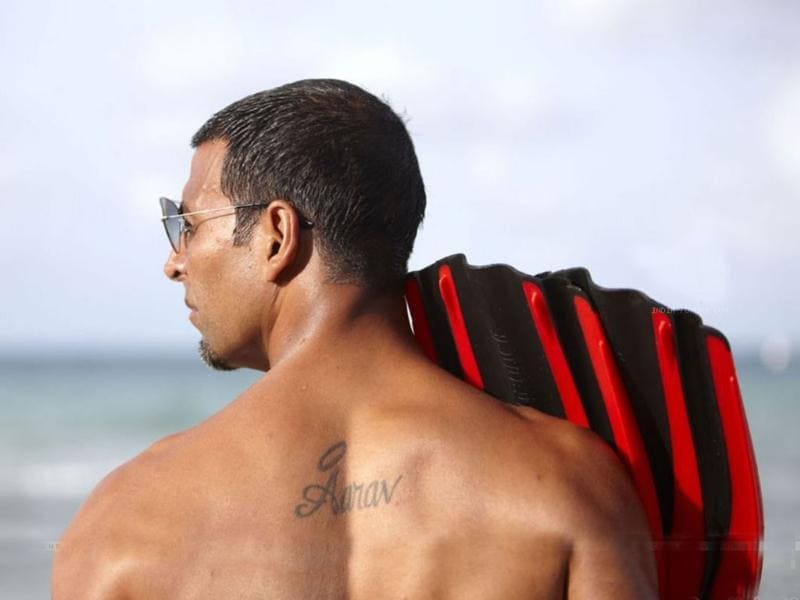 Akshay Kumar is a family man. He chose his son's name Aarav as a tattoo on his back.